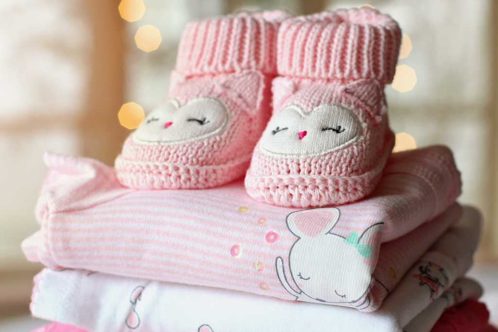 different baby clothing accessories that you may add to baby checklist