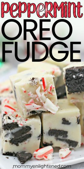 If you are looking for a delicious Christmas treat, this candy cane peppermint oreo fudge is a great option. This dessert recipe is easy and quick to make, and would make a great homemade holiday gift. #mommyenlightened #oreofudge #homemadefudge #christmastreat